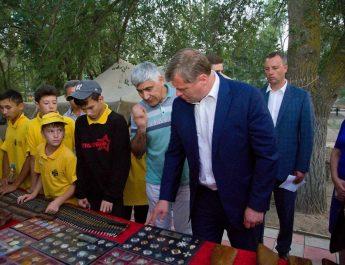 В Астраханской области завершилась последняя смена в военно-историческом лагере «Страна героев»