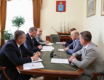 Врио губернатора Астраханской области Игорь Бабушкин встретился с заместителем председателя правления ПАО «Газпром»