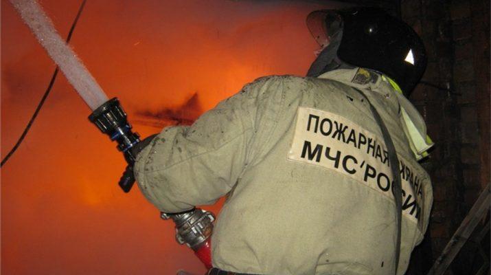 В Астрахани загорелась комната в общежитии