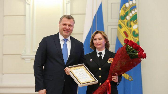 Губернатор Игорь Бабушкин поздравил военнослужащих с Днём защитника Отечества