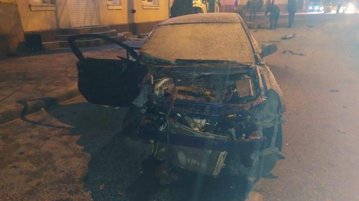 Ночью в Астрахани произошло смертельное ДТП