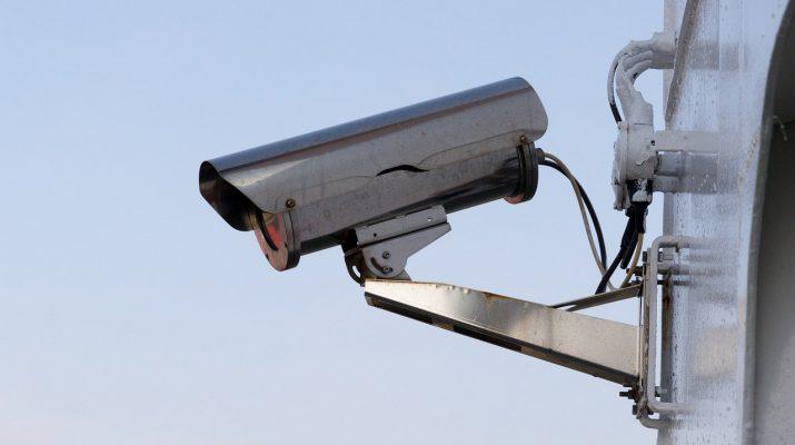 Записи с камер видеонаблюдения помогли найти воров