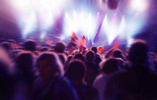 Астраханцы останутся без кальянных и ночных клубов