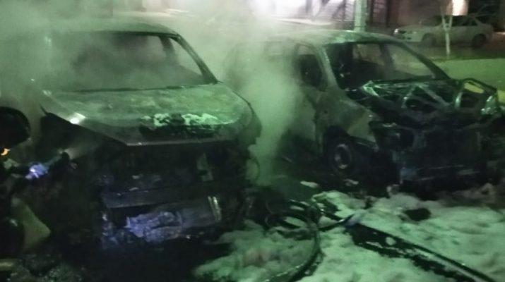В Астрахани опять горели автомобили