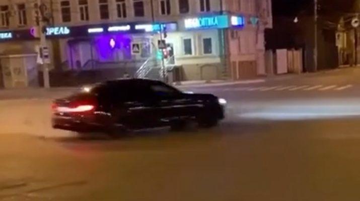 лихач в Астрахани