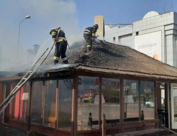 На улице Бакинская горело кафе