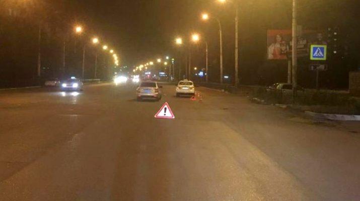 В Астрахани водитель сбил девушку на пешеходном переходе
