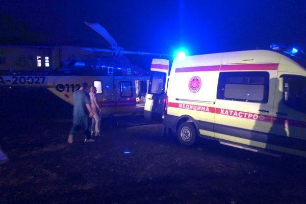 Пострадавшую в ДТП девушку доставили в Астрахань на санавиации