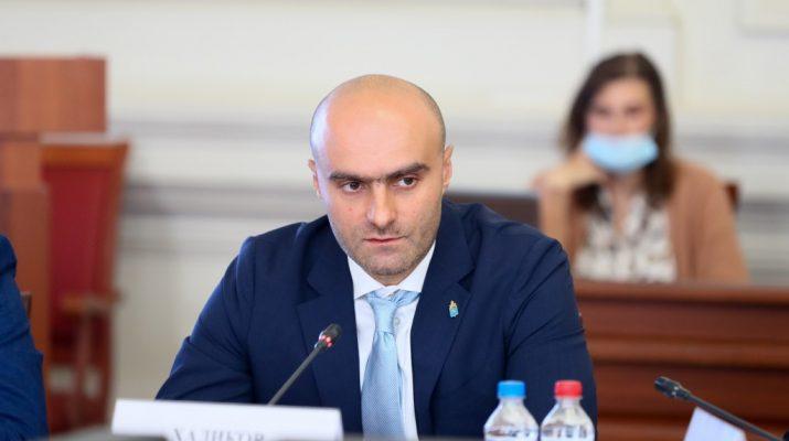 Казбек Хадиков представил прогноз развития Астраханской области до 2023 года
