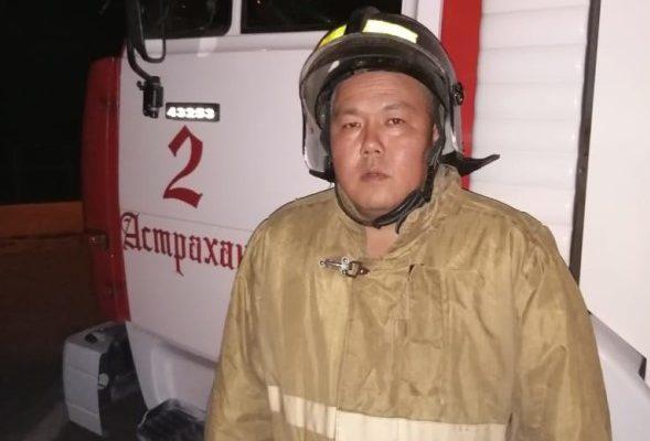 пожарный спас человека