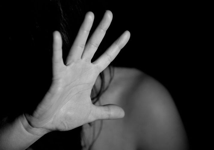 В Астрахани пенсионер изнасиловал молодую женщину