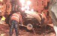 В Астрахани спецтехника откачивает лужи