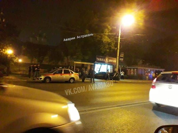 В Астрахани водитель, который насмерть сбил пешехода вцентре города, ехал со скоростью 144 км/ч