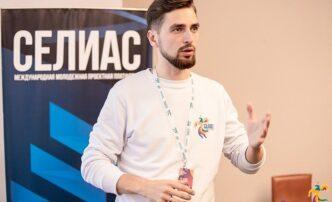 На должность главы астраханского Минобрнауки могут назначить 29-летнего Егора Угарова
