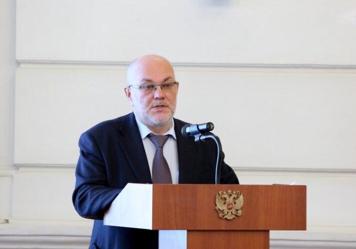 Виталий Гутман покидает пост министра
