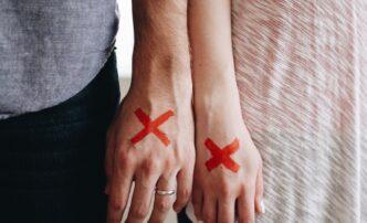 """Как астраханцы """"зарабатывают"""" на разводах"""