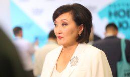 «Народный мэр» Сардана Авксентьева назвала уровень жизни астраханцев удручающим