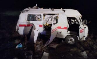 Под Астраханью грузовик врезался в карету скорой помощи