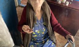 наркоман порвал ухо пенсионерке