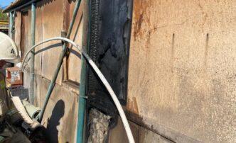 В Астрахани впонедельник горели жилые дома ихозпостройки